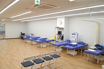 西宮・甲東園のささき整形外科・設備紹介ページの写真コーナー。リハビリルームの様子です。